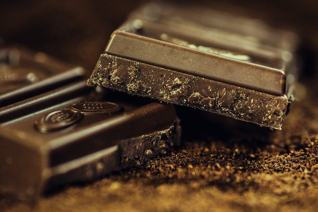 Преимущества и недостатки шоколада